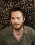 """El director británico Duncan Jones ha firmado un acuerdo para dirigir una película basada en el popular videojuego World of Warcraft, según un comunicado colgado en su página de Facebook. En la imagen de archivo, Duncan Jones posa para un fotógrafo durante la promoción de """"Moon"""" en el festival de Sundance en 2009. REUTERS/Lucas Jackson"""