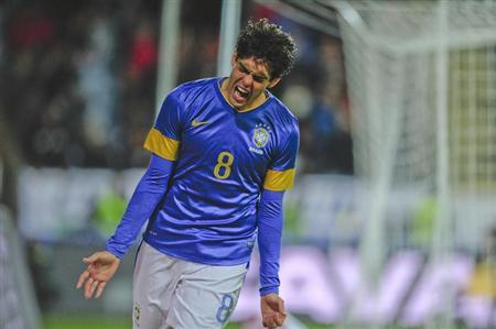 Brazil's Kaka celebrates scoring his team's third goal against Iraq during their international friendly soccer match at Swedbank Stadion in Malmo October 11, 2012. REUTERS/Bjorn Lindgren/Scanpix Sweden/Files
