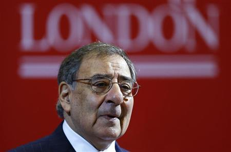 U.S. Defense Secretary Leon Panetta delivers a speech on the future of transatlantic relationships and the future of U.S. defense, at King's College in London January 18, 2013. REUTERS/Andrew Winning