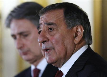 US Secretary of Defence Leon Panetta speaks during a news conference with Britain's Defence Secretary Philip Hammond (L) at Lancaster House in central London January 19, 2013. REUTERS/Olivia Harris