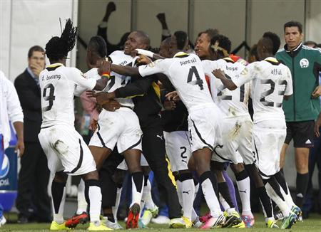 Ghana's players celebrate Mubarak Wakaso's second goal against Cape Verde during their African Cup of Nations (AFCON 2013) quarter-final soccer match at the Nelson Mandela Bay Stadium in Port Elizabeth, February 2, 2013. REUTERS/Siphiwe Sibeko