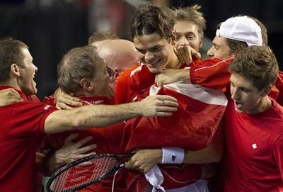 Spain crash out, Czechs through in Davis Cup