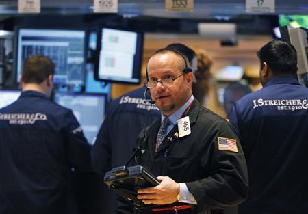 Traders work on the floor of the New York Stock Exchange, February 1, 2013. REUTERS/Brendan McDermid