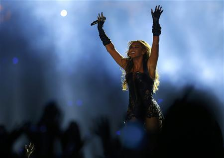 Beyonce performs during the half-time show of the NFL Super Bowl XLVII football game in New Orleans, Louisiana, February 3, 2013. REUTERS/Brian Snyder