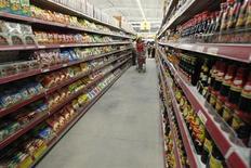 Italia, stima preliminare Istat: inflazione a gennaio al 2,2% su anno. REUTERS/Kham