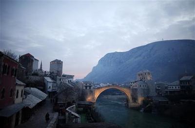 Politicking paralyzes divided Bosnian town of Mostar