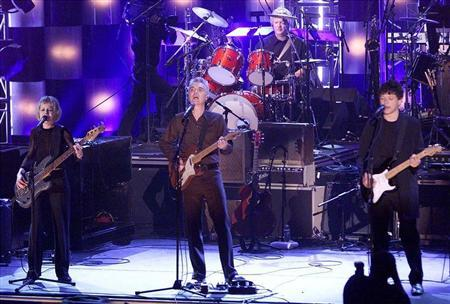 The Talking Heads perform for the first time together in 18 years after being inducted into the Rock and Roll Hall of Fame 17th Annual Induction Dinner at the Waldorf-Astoria Hotel in New York on March 18, 2002.
