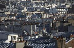 Le total des crédits immobiliers accordés en janvier en France a chuté de 21,5% par rapport à décembre, selon le tableau de bord mensuel de l'Observatoire Crédit logement/CSA publié mardi. /Photo d'archives/REUTERS/Mal Langsdon