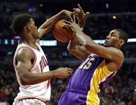 Lakers' World Peace banned one game for striking opponent