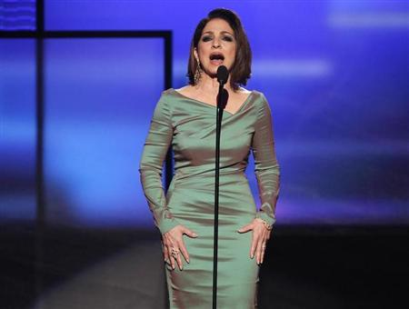 Gloria Estefan introduces Christina Aguilera's performance at the 40th American Music Awards in Los Angeles, California, November 18, 2012. REUTERS/Danny Moloshok