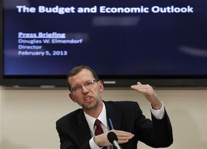 Congressional Budget Office (CBO) Director Douglas Elmendorf speaks at a news conference to release the CBO's annual ''Budget and Economic Outlook'' report on Capitol Hill in Washington February 5, 2013. REUTERS/Yuri Gripas