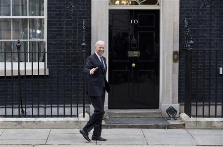 U.S. Vice President Joe Biden arrives in Downing Street in central London February 5, 2013. REUTERS/Neil Hall