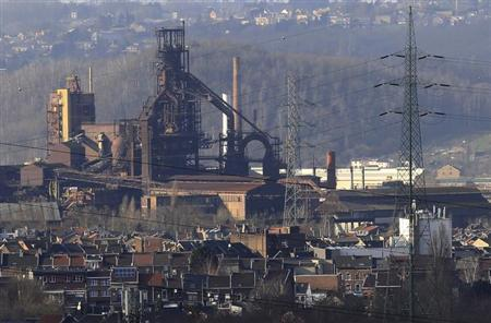 A view of the ArcelorMittal high furnace of Seraing, near Liege January 28, 2013. ArcelorMittal the world's largest steel producer, plans to shut a coke plant and six finishing lines at its site in Liege Belgium, affecting 1,300 employees, the group said on last week. REUTERS/Yves Herman (BELGIUM - Tags: BUSINESS CIVIL UNREST BUSINESS EMPLOYMENT)