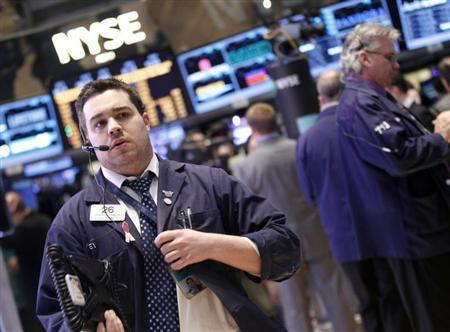 Traders work on the floor of the New York Stock Exchange, February 5, 2013. REUTERS/Brendan McDermid