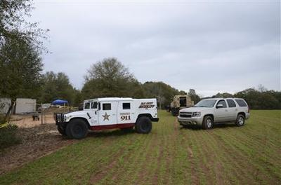 Search for bombs resumes at Alabama hostage site after...
