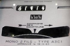 La proposition de loi socialiste sur la tarification progressive de l'énergie a été une nouvelle fois rejetée mercredi en commission au Sénat par une coalition réunissant l'opposition de droite et du Front de gauche. /Photo d'archives/REUTERS/Régis Duvignau