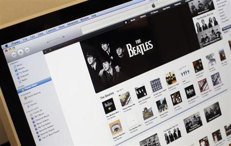 Music from the legendary band The Beatles is seen on Apple's itunes music store website seen on an imac computer in New York, November 16, 2010. REUTERS/Mike Segar/Files