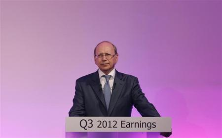 Alcatel-Lucent Chief Executive Officer Ben Verwaayen attends a news conference to present the company's 2012 third quarter sales results in Paris November 2, 2012. REUTERS/Christian Hartmann