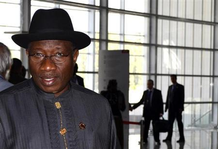 Nigerian President Goodluck Jonathan arrives at the venue for the 20th Assembly of the African Union (AU) at the headquarters in the Ethiopian capital Addis Ababa January 28, 2013. REUTERS/Tiksa Negeri