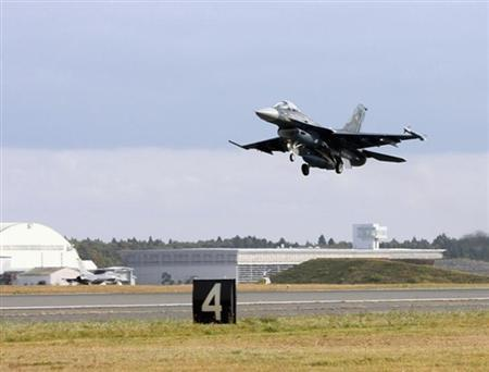 A Japan Air Self-Defence Force's F-2 fighter jet takes off during the U.S-Japan biennial joint-bilateral field training exercise at Misawa airbase in Aomori Prefecture November 5, 2012. REUTERS/Joint Staff, Japan/Handout