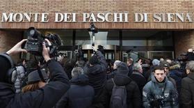 Mps, 40 mln scudati sono di ex capo finanza Baldassarri e altri 4. REUTERS/Stefano Rellandini