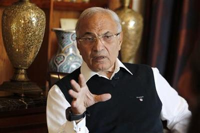 Egypt's government nearing end of the road, says ex-PM