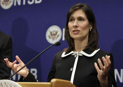 National Transportation Safety Board (NTSB) Chairman Deborah Hersman speaks during a news conference on an investigation into the January 7 fire that occurred on a Japan Airlines Boeing 787 at Logan International Airport in Boston, in Washington February 7, 2013. REUTERS-Yuri Gripas