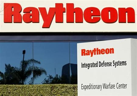One of Raytheon's Integrated Defense buildings is seen in San Diego, California January 20, 2011. REUTERS/Mike Blake/Files