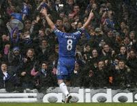La racha goleadora de Frank Lampard desde su regreso de una lesión en diciembre ha dado al centrocampista inglés energías para querer extender su contrato con el Chelsea y aumentar su carrera con la selección nacional. En la imagen de archivo, Lampard celebra un gol en Stamford Bridge el pasado 20 de enero. REUTERS/Eddie Keogh