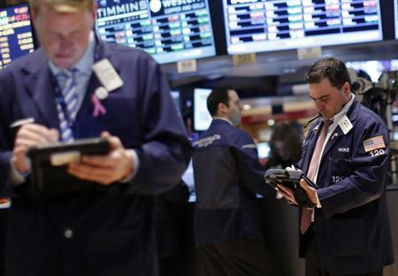 Traders work on the floor of the New York Stock Exchange, February 8, 2013. REUTERS/Brendan McDermid