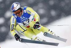 Le Norvégien Aksel Lund Svindal a été sacré samedi champion du monde de descente à Schladming, en Autriche. /Photo prise le 9 février 2013/REUTERS/Dominic Ebenbichler
