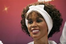 Um dos quatro bonecos de cera da cantora Whitney Houston é exibido no museu Madame Tussauds em Nova York. 7/02/2013 REUTERS/Keith Bedford