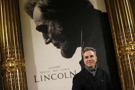 ''Lincoln'' cast member Daniel Day-Lewis poses during a photocall to promote the movie in Madrid January 16, 2013. REUTERS/Susana Vera