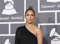 Jennifer Lopez arrives at the 55th annual Grammy Awards in Los Angeles, California February 10, 2013. REUTERS/Mario Anzuoni