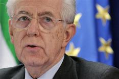 Italy's Prime Minister Mario Monti speaks during a news conference at the end of an European Union leaders summit meeting to discuss the European Union's long-term budget in Brussels February 8, 2013. REUTERS/Eric Vidal (BELGIUM - Tags: POLITICS BUSINESS)