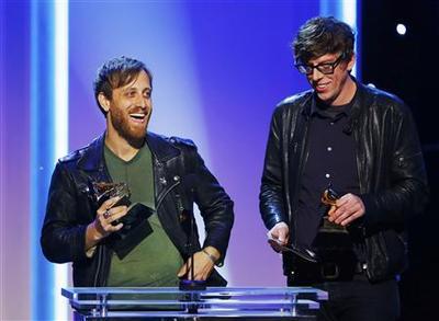 Grammys draw 28 million TV viewers; winners get iTunes...