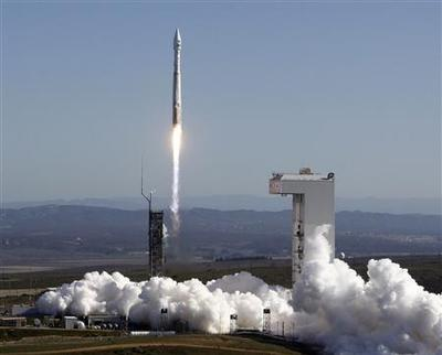 New Landsat Earth-monitoring satellite launched from...