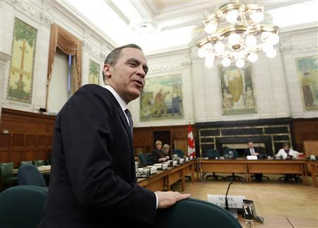 Bank of Canada Governor Mark Carney waits to testify before the Commons finance committee on Parliament Hill in Ottawa February 12, 2013. The Group of Seven leading industrialized nations must go into this weekend's G20 meetings forcefully pressing major emerging economies to adopt flexible foreign exchange rates, Carney said on Tuesday. REUTERS/Chris Wattie