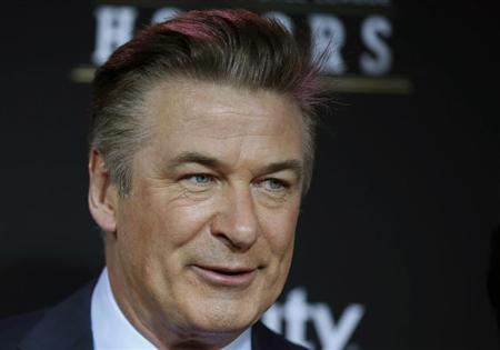 Host Alec Baldwin arrives at the 2nd Annual NFL Honors in New Orleans, Louisiana, February 2, 2013. REUTERS/Lucy Nicholson