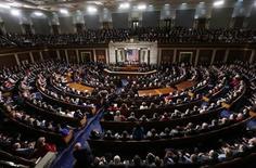 El presidente de Estados Unidos, Barack Obama, hizo el martes una serie de propuestas sobre la economía, la energía y la educación durante su discurso del Estado de la Unión. En la imagen, Obama durante su discurso, el 12 de febrero de 2013. REUTERS/Kevin Lamarque