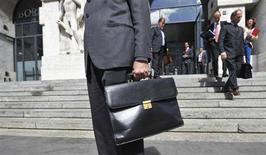 L'esterno di Borsa Italiana a Milano, in una foto del settembre 2012. REUTERS/Paolo Bona