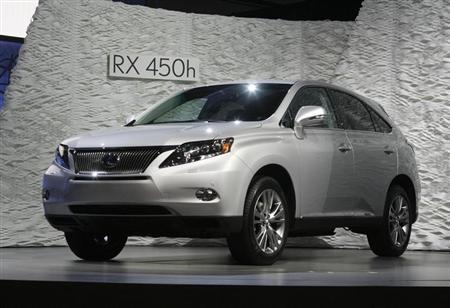 File photo of a Lexus RX 450h hybrid automobile featuring an enhanced Lexus Hybrid Drive system on show at the LA Auto Show in Los Angeles, California November 19, 2008. REUTERS/Fred Prouser/Files