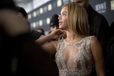 Singer Beyonce attends HBO's New York premiere of her documentary ''Beyonce - Life is But a Dream'' in New York February 12, 2013. REUTERS/Andrew Kelly