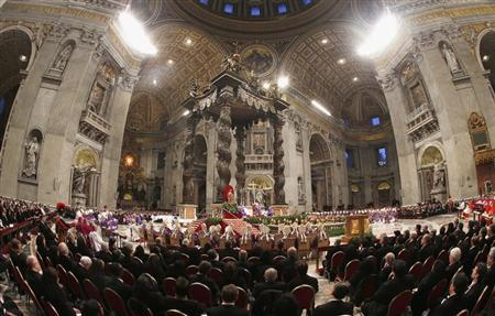 Pope Benedict XVI attends the Ash Wednesday mass at the Vatican February 13, 2013. REUTERS/ Alessandro Bianchi