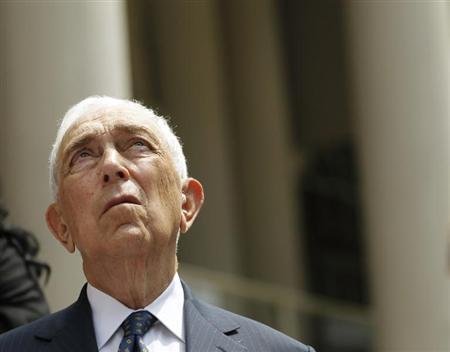 Senator Frank Lautenberg (D-NJ) looks up as he announces new legislation with regards to online and mail-order sale of ammunition at City Hall in New York July 30, 2012. REUTERS/Brendan McDermid