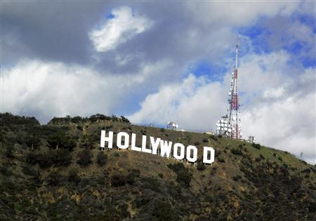 A view of the Hollywood sign in the Hollywood Hills in Hollywood, California in this December 13, 2009 file photo. REUTERS/Fred Prouser/Files