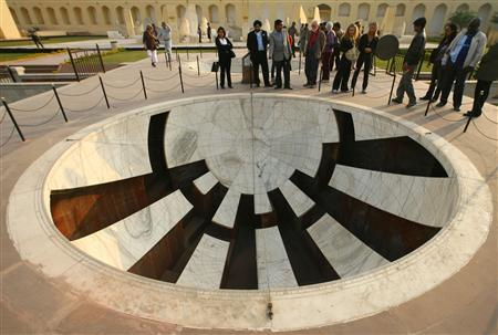 Tourists visit Jantar Mantar, a collection of architectural astronomical instruments, in Jaipur, capital of India's desert state of Rajasthan January 12, 2009. REUTERS/Vijay Mathur