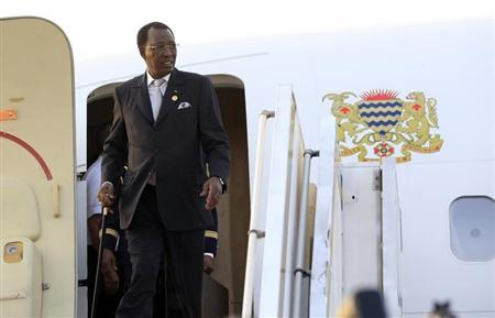 Chad President Idriss Deby arrives at Khartoum Airport on an official visit February 7, 2013. REUTERS/Mohamed Nureldin Abdallah
