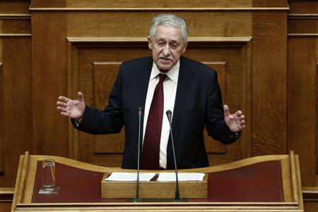 Leader of Democratic Left party Fotis Kouvelis addresses parliamentarians in Athens November 7, 2012. REUTERS/Yorgos Karahalis