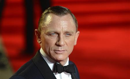 Actor Daniel Craig arrives for the royal world premiere of the new 007 film ''Skyfall'' at the Royal Albert Hall in London October 23, 2012. REUTERS/Paul Hackett/Files